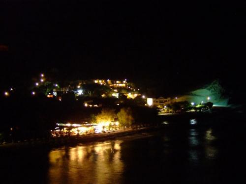 Agio Galini nocą