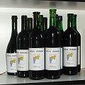 Wino po przyklejeniu etykietek #wino #butelka #butelki #winogrona #etykieta #etykiety #nalepka #nalepki #czerwone #gronowe #Karmanowice #winnica